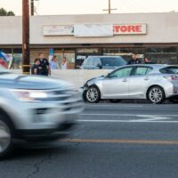 Miami, FL - Multiple Injuries in Six-Vehicle Crash on SR 836